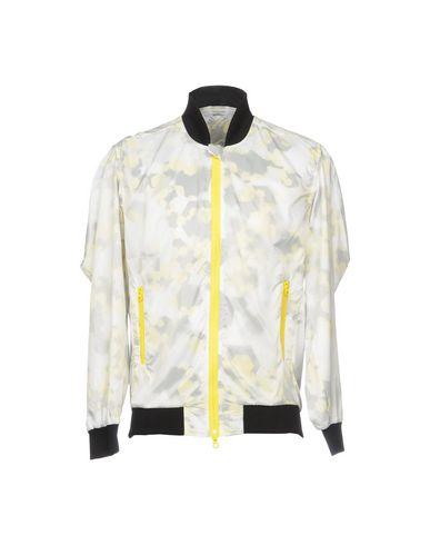 Куртка от AMARANTO