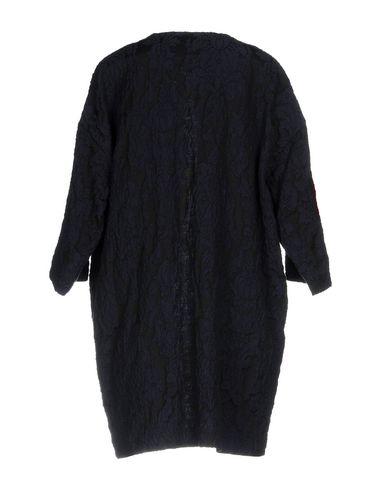 Фото 2 - Легкое пальто темно-синего цвета