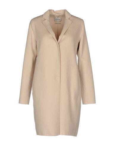 Фото - Женское пальто или плащ JAN MAYEN бежевого цвета