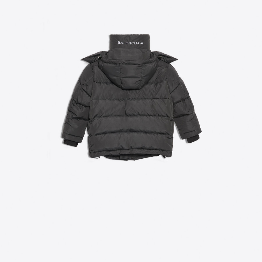 BALENCIAGA New Swing Puffer Jacket Coats Woman d