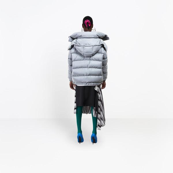BALENCIAGA Coats D New Swing Puffer Jacket h