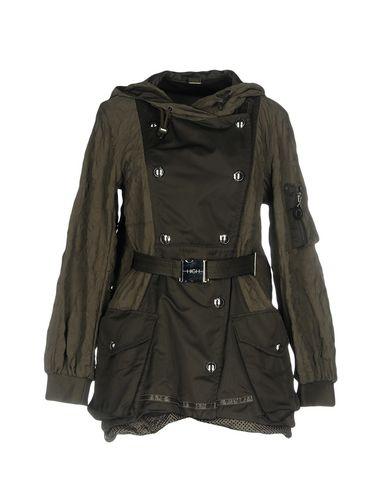 Легкое пальто от HIGH TECH