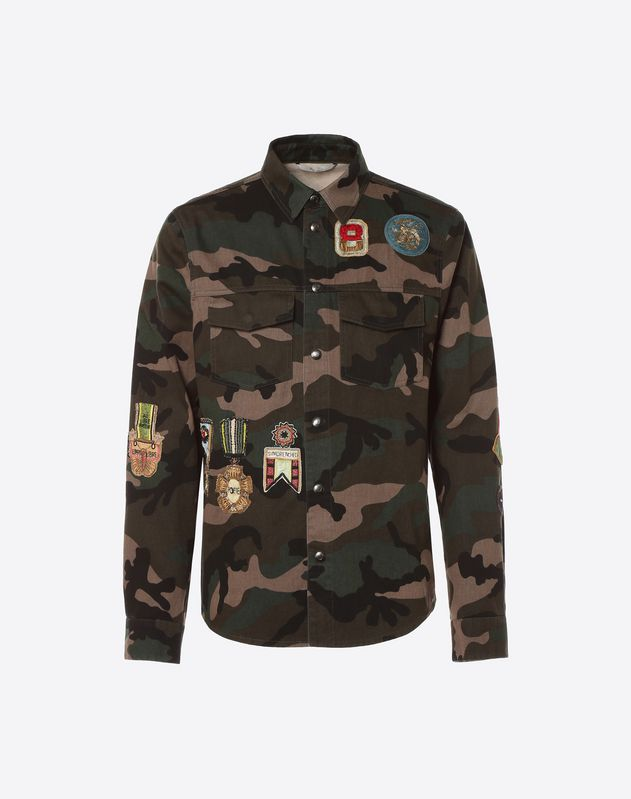 Outerwear shirt with military embroidery