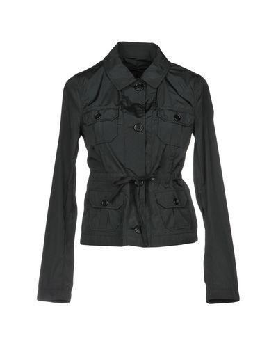Фото - Женскую куртку ASPESI черного цвета