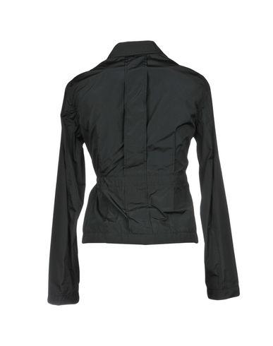 Фото 2 - Женскую куртку ASPESI черного цвета