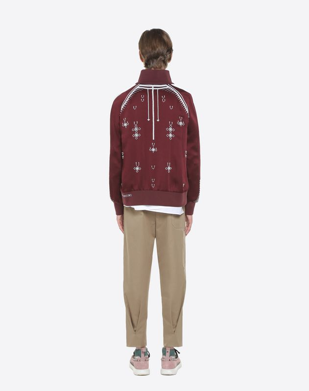 Sweatshirt with geometric embroidery