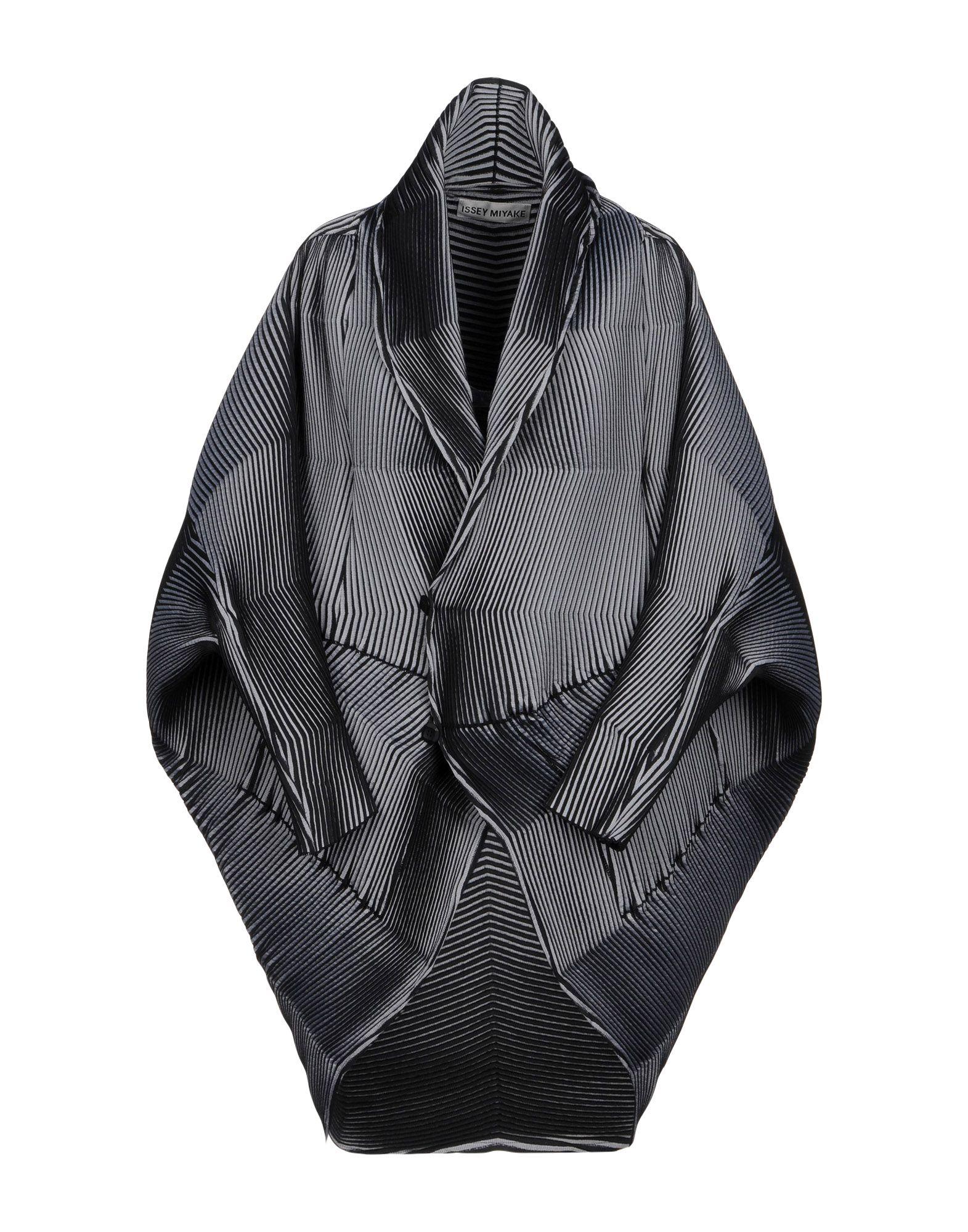 ISSEY MIYAKE Легкое пальто issey miyake легкое пальто