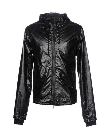 Куртка от L.G.B.