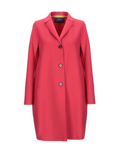 Фото - Легкое пальто от eWOOLuzione кораллового цвета
