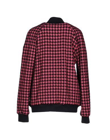 Фото 2 - Женскую куртку  цвета фуксия