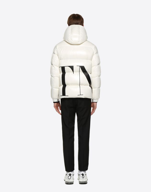 MONCLER MAXI VLTN QUILTED DOWN SHORT JACKET