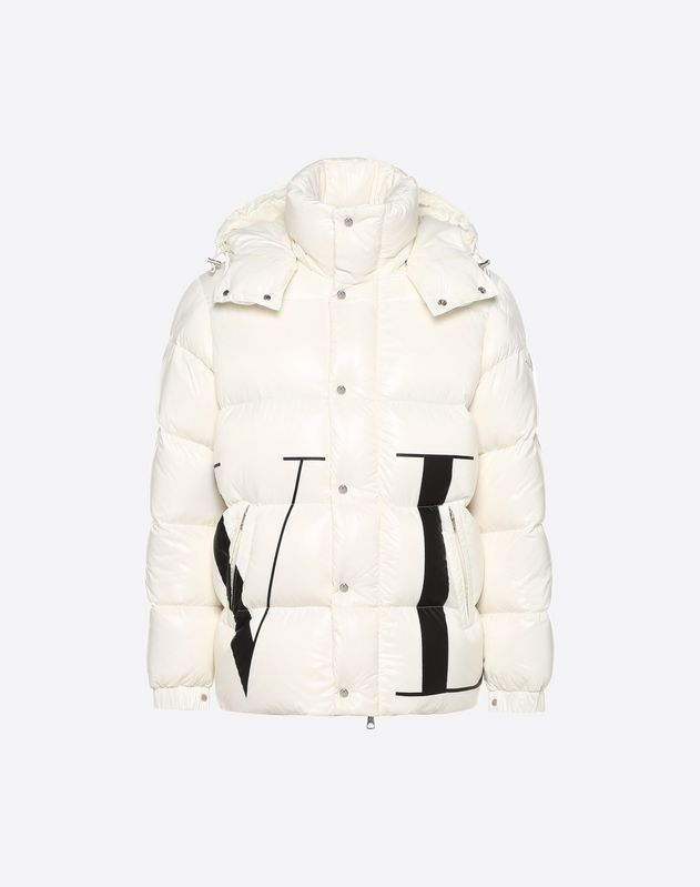 901d869f2 MONCLER MAXI VLTN QUILTED DOWN SHORT JACKET for Man | Valentino ...