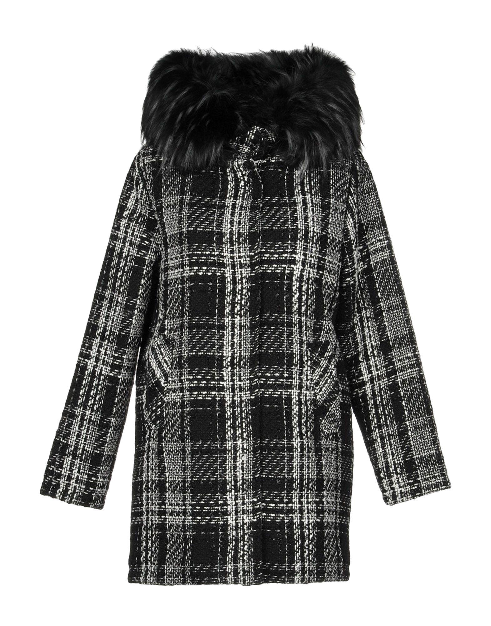 X-CAPE Пальто