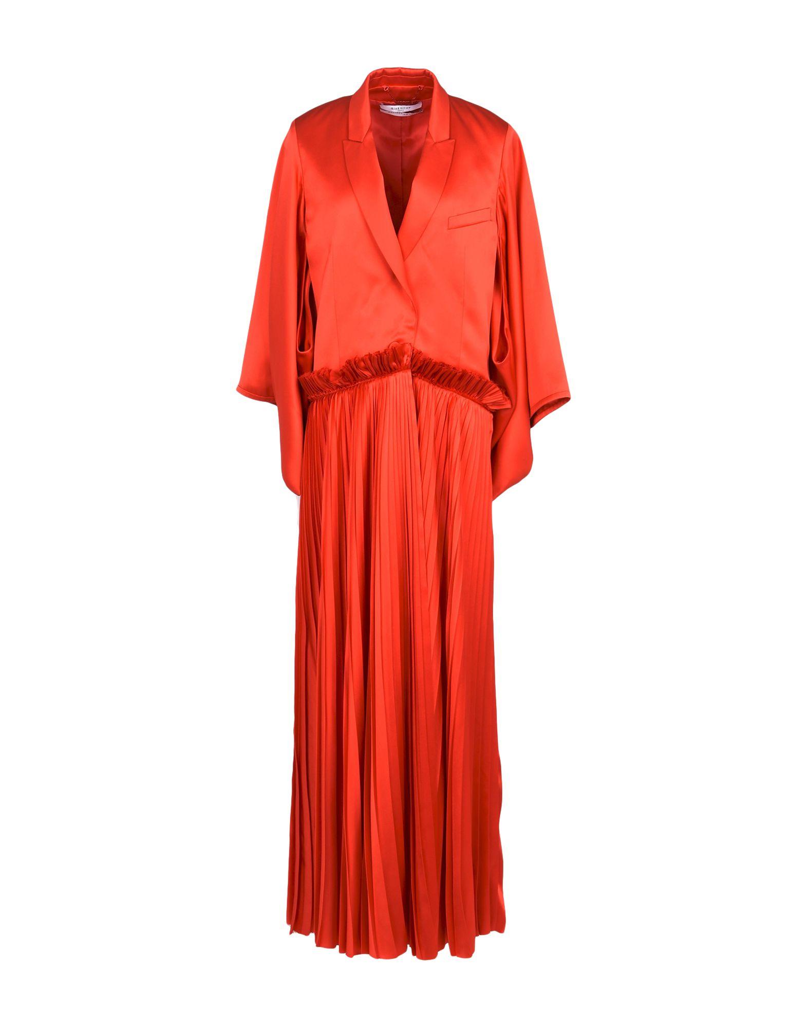 Легкое пальто  Красный цвета
