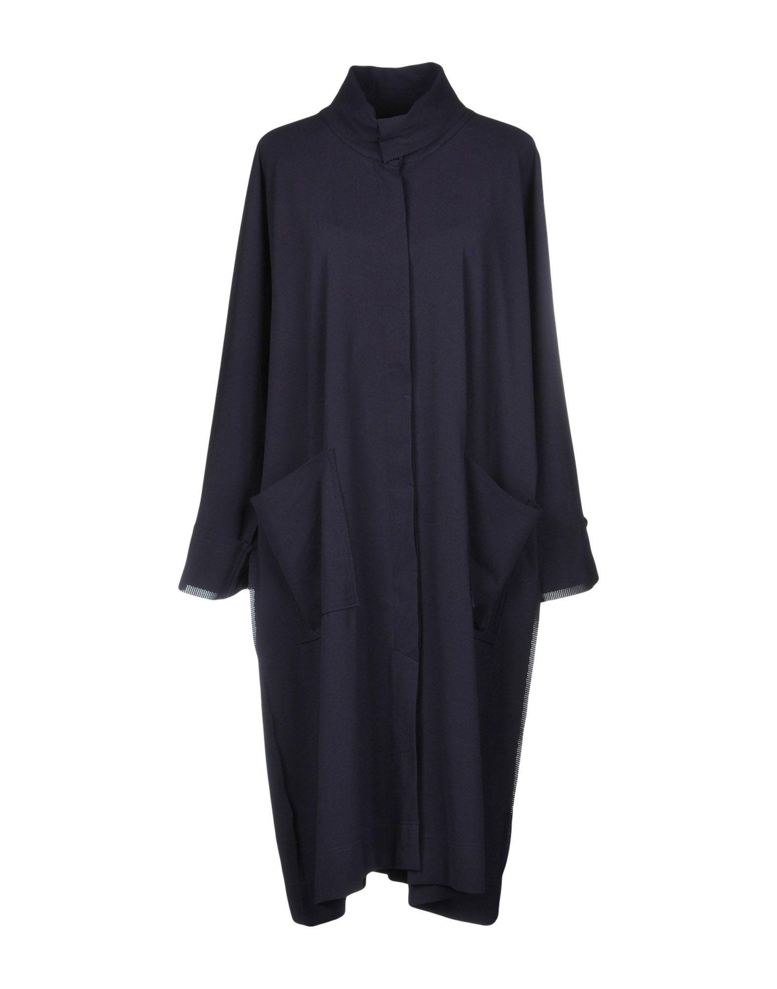 ISSEY MIYAKE CAULIFLOWER Overcoats in Purple