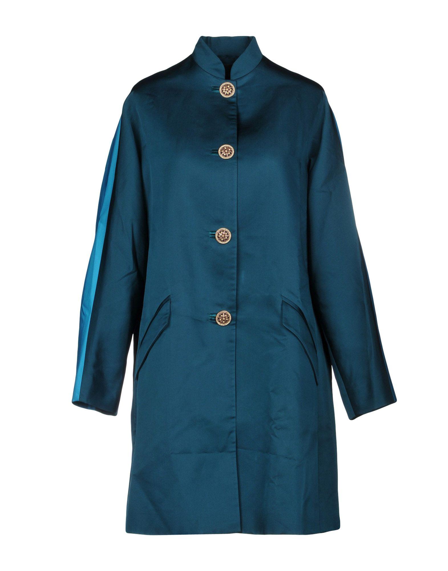 VERSACE Легкое пальто цена