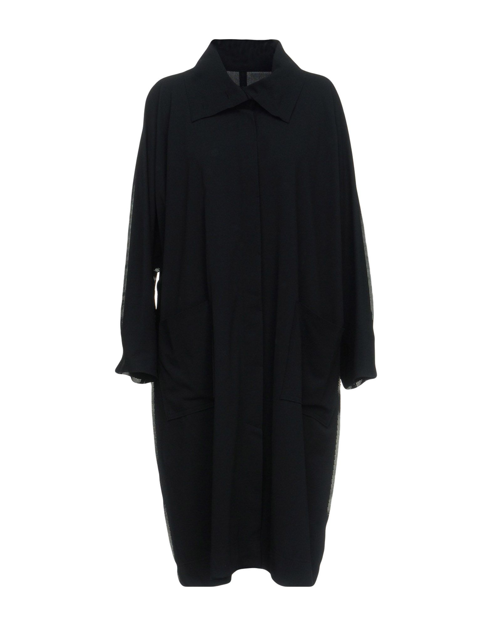 ISSEY MIYAKE CAULIFLOWER Overcoats in Black