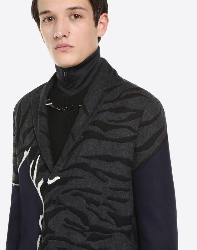 타이거 인레이 코트