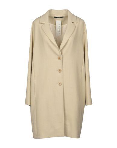 Легкое пальто от MANUELA CONTI