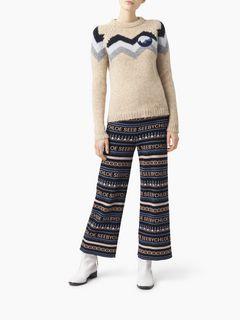 フィットセーター