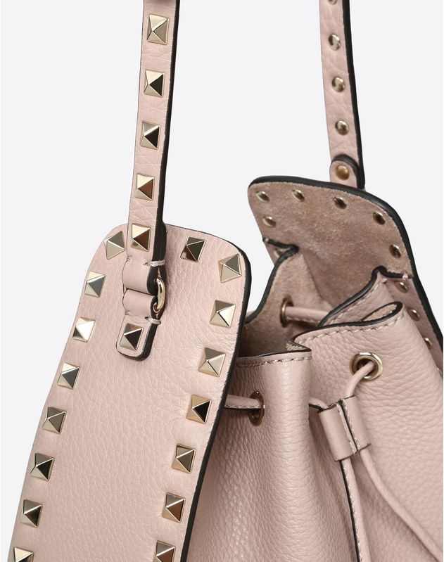 Small grain calfskin leather Rockstud Bucket bag
