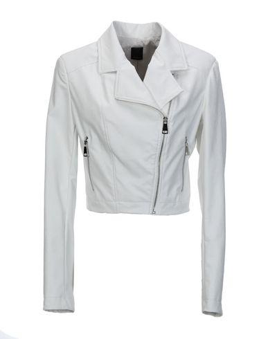 Куртка от A.M.B.E.R