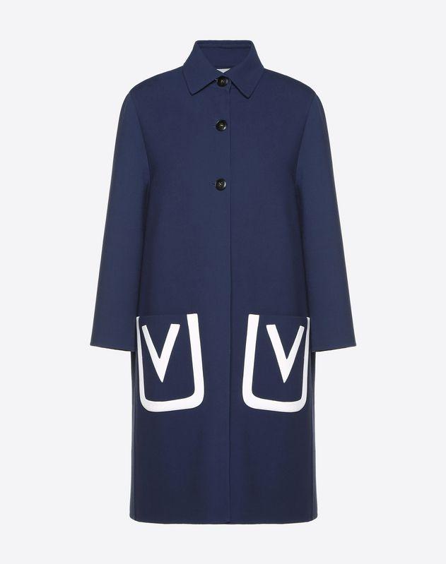 V 字徽标刺绣双层绉绸羊毛大衣