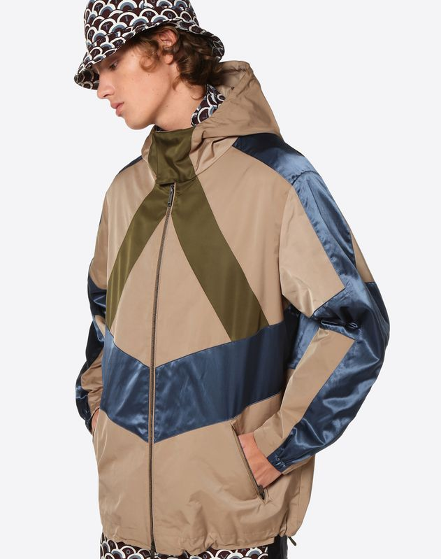 CONTRAST COLOUR-BLOCK WINDBREAKER
