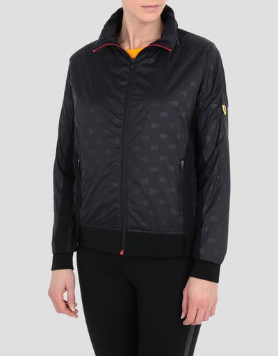 Women's foldaway nylon jacket