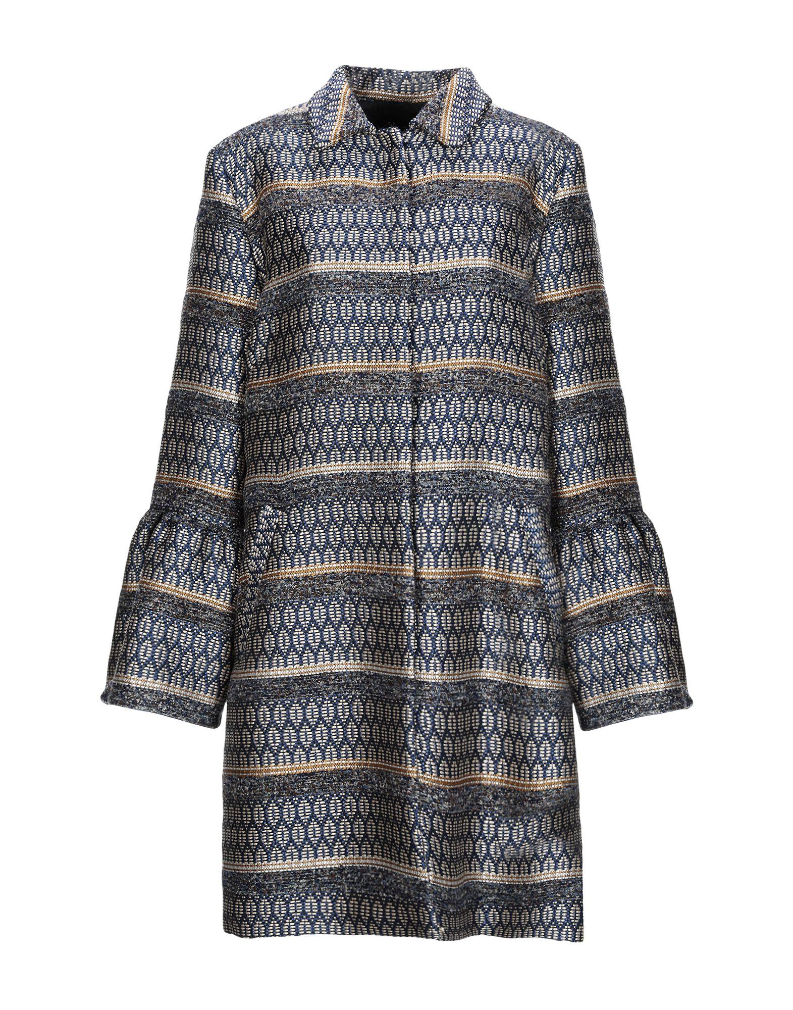 Фото - SANDRO FERRONE Пальто sandro ferrone короткое платье