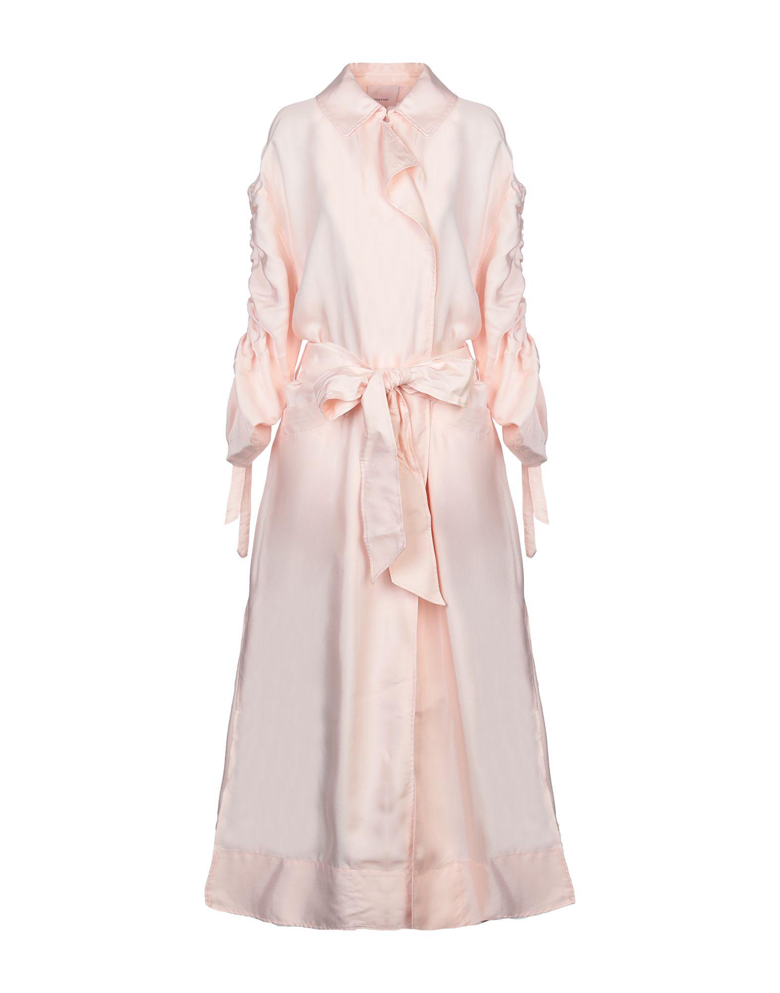 где купить CINQ À SEPT Легкое пальто по лучшей цене