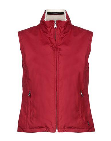 Фото - Женскую куртку  кирпично-красного цвета