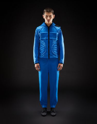Moncler New in Man: APEX