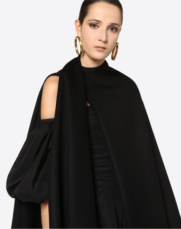 Lightweight Broadcloth Cape