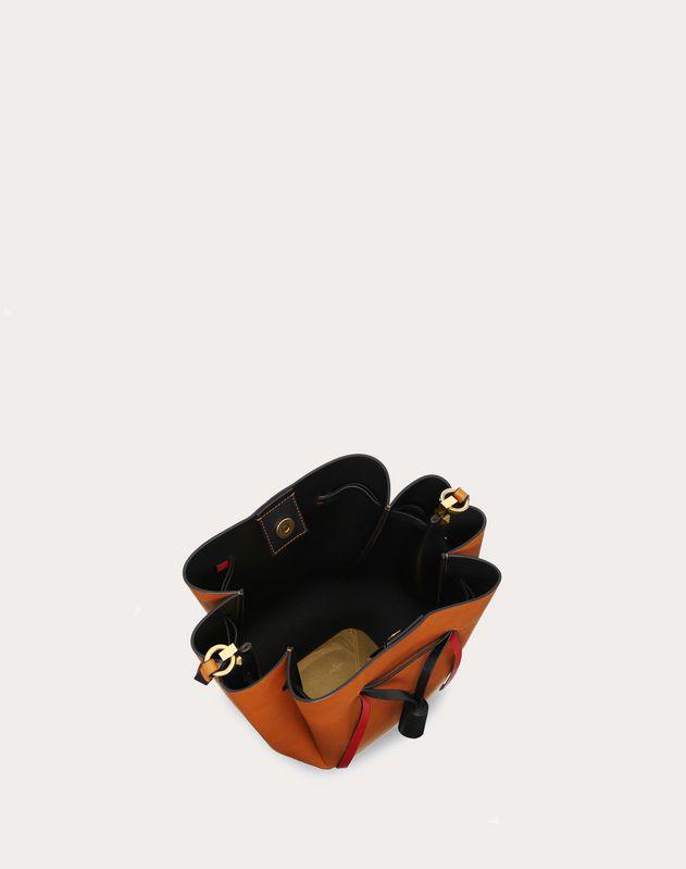 Bolso saco mediano VLOGO de vaqueta