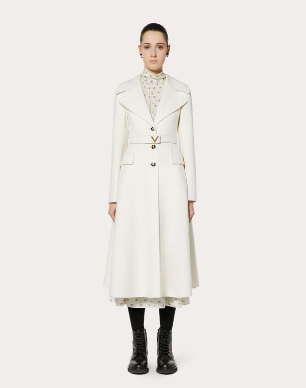 DOUBLE KASHMIR COAT WITH GOLD V BELT