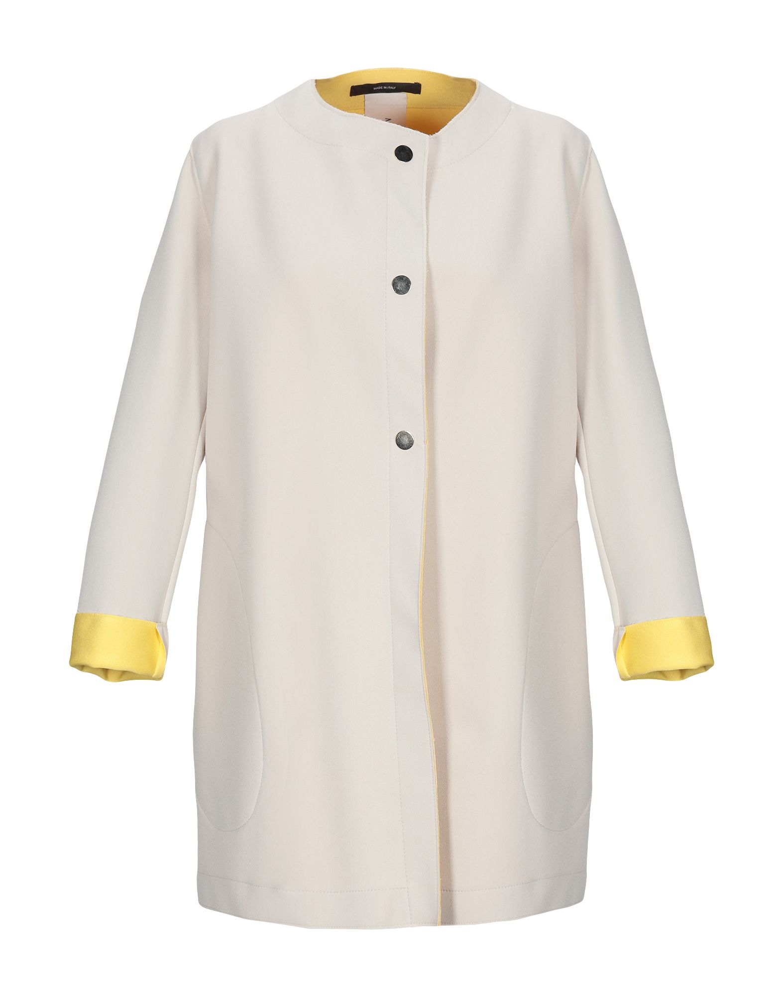 MANUELA CONTI Легкое пальто manuela