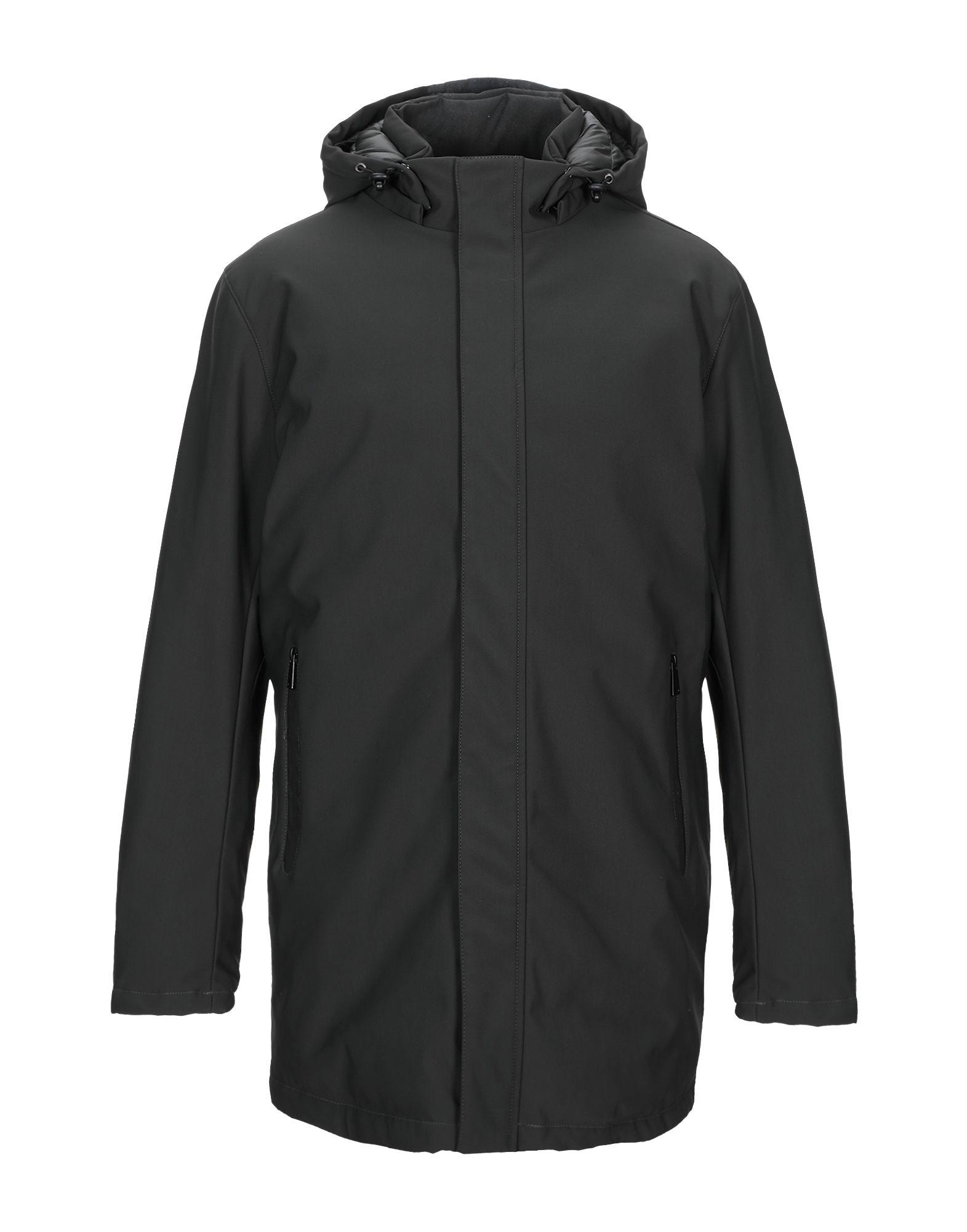цены IESSE Пальто