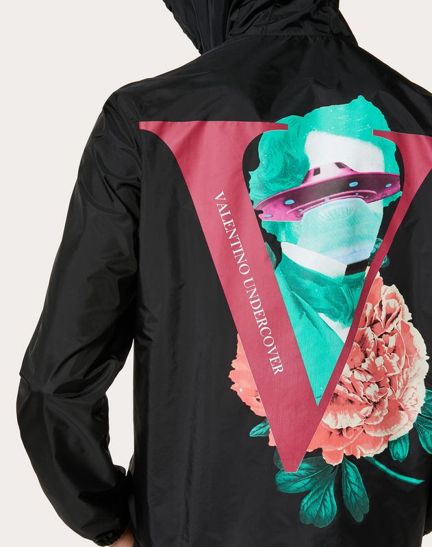 WINDBREAKER WITH V FACE ROSE PRINT