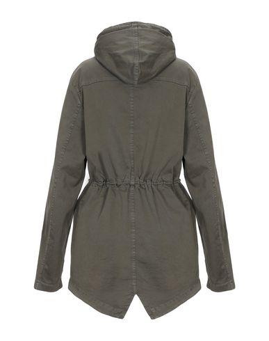 Фото 2 - Женскую куртку HOMEWARD CLOTHES цвет зеленый-милитари