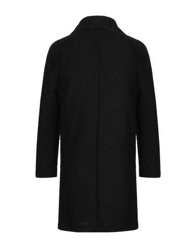 Фото 2 - Мужское пальто или плащ BERNA черного цвета