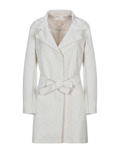 Купить Легкое пальто от MOUCHE бежевого цвета