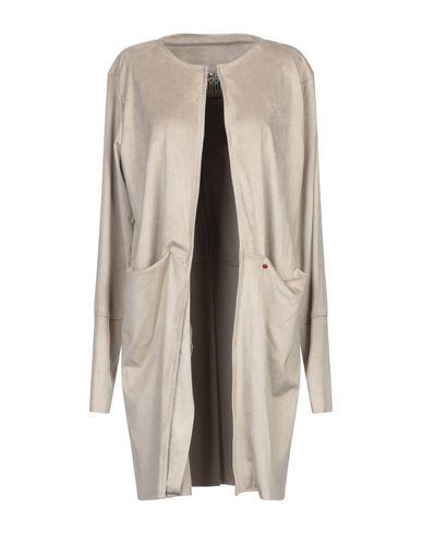 Легкое пальто от JIJIL