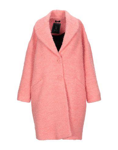 Фото - Женское пальто или плащ HANITA кораллового цвета