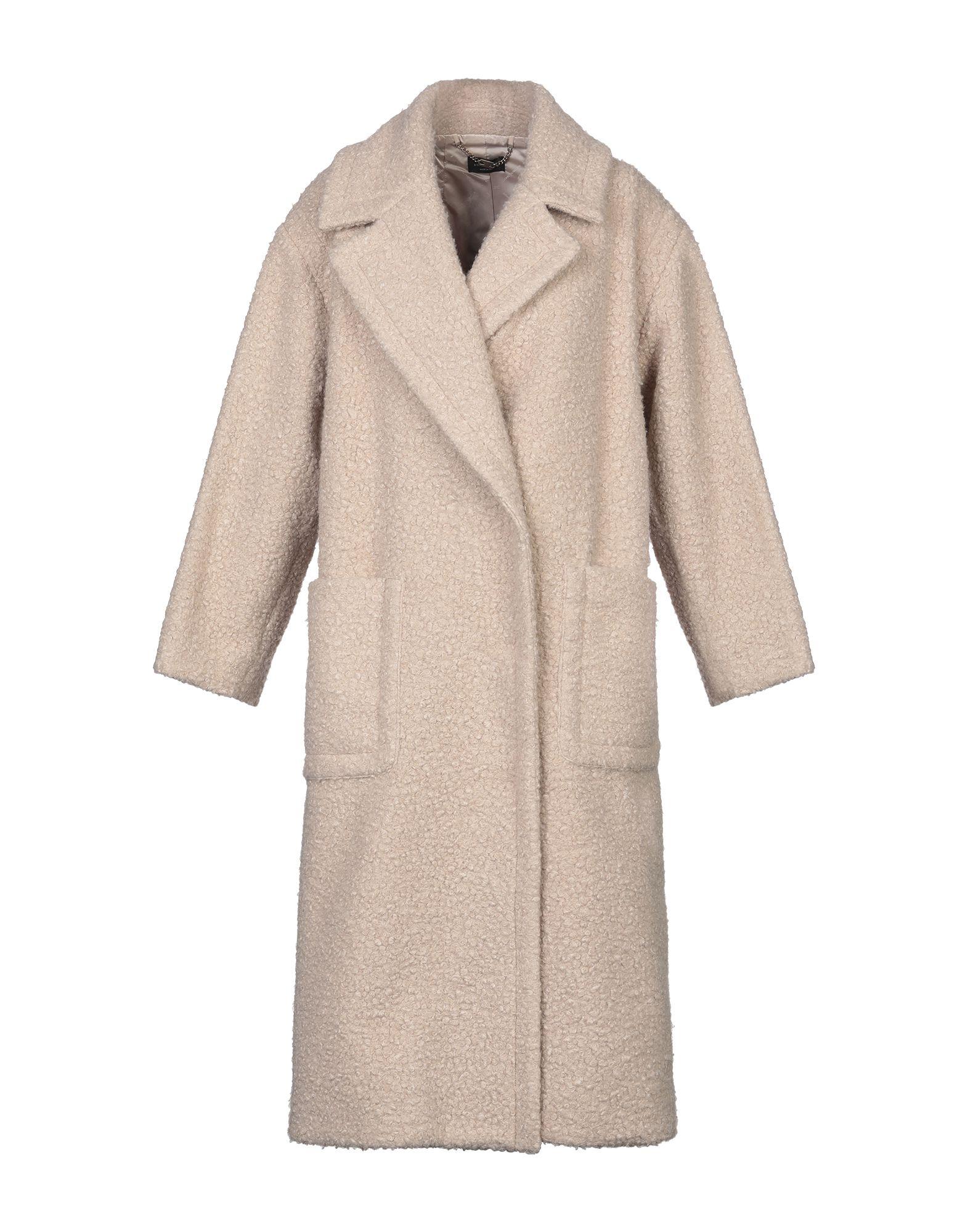 ELISABETTA FRANCHI Пальто цена 2017