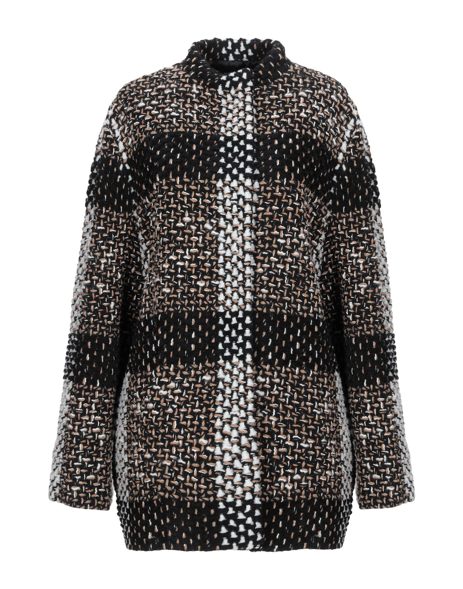GIANLUCA CAPANNOLO Пальто недорго, оригинальная цена