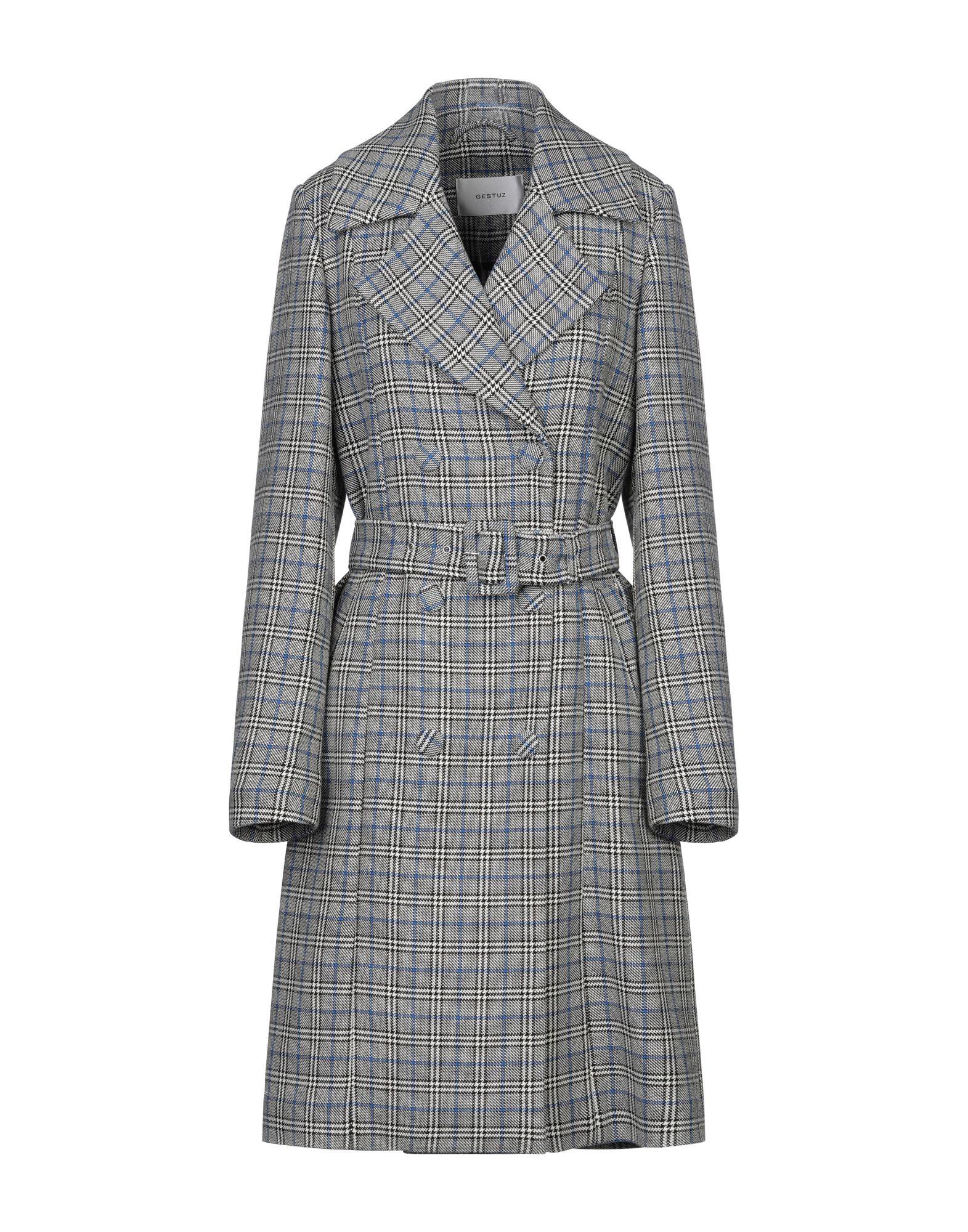 купить GESTUZ Пальто по цене 22000 рублей