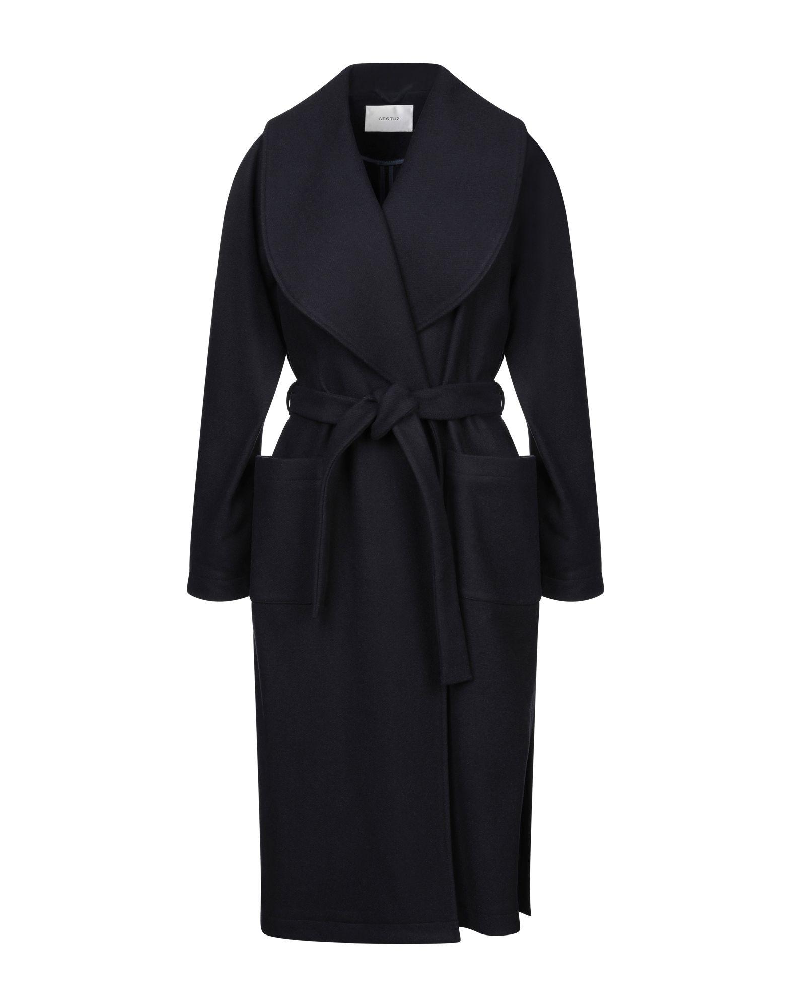 купить GESTUZ Пальто по цене 18000 рублей