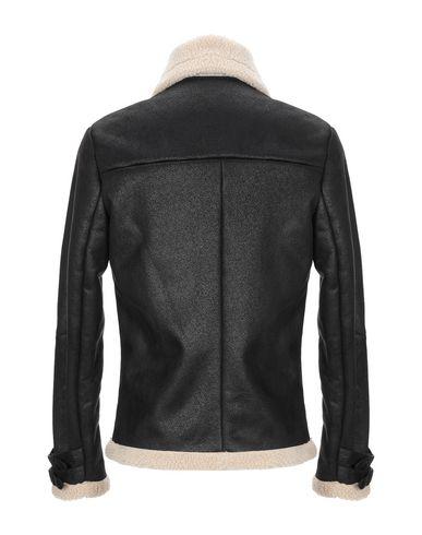 Фото 2 - Мужскую куртку BERNA черного цвета