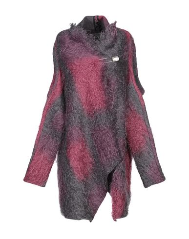 Фото - Женское пальто или плащ MASNADA цвет пурпурный